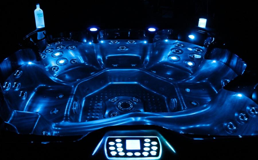 W200XS bei Nacht